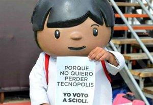 Zamba vota por Scioli